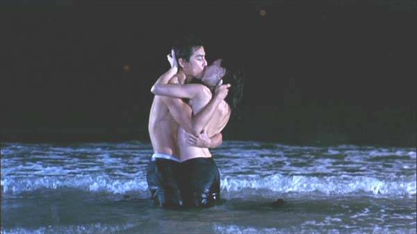 http://www.hkcinemagic.com/en/images/movie/large/NakedWeapon-DanielWu_MaggieQ_b4963659d30a5fc0dd29c8e9b9adab77.jpg