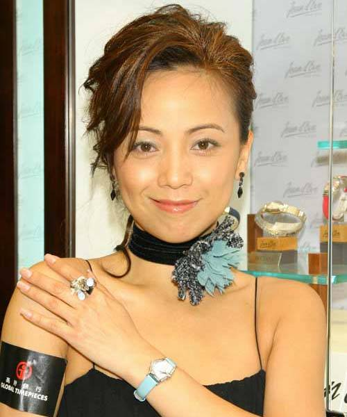 hk actress SHEREN TANG 44 is still single by maureen